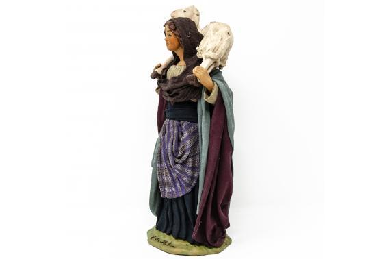 Donna con Pecora in Spalla - Fisse Vestite - 24 cm