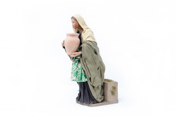 Donna con Anfora - Movimento - 24 cm
