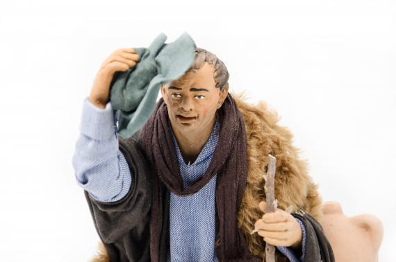 Uomo in Ginocchio con Cappello - Movimento - 24 cm