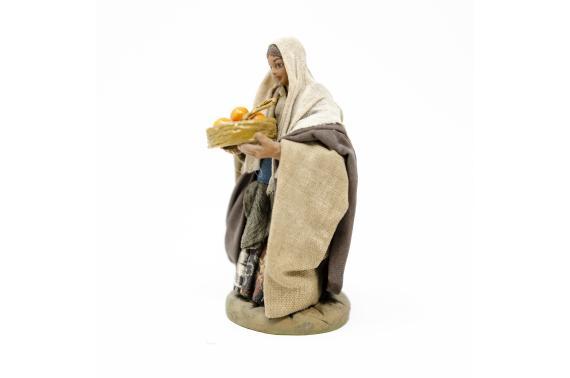 Donna con cesto di arance - Fisse Vestite - 10 cm