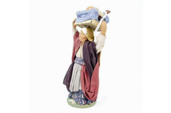 Donna con Cassetta di Salumi - Fisse Vestite - 12 cm