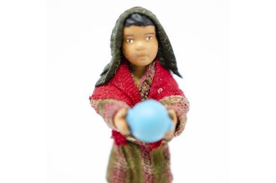 Fanciullo con Palla - Fisse Vestite - 12 cm