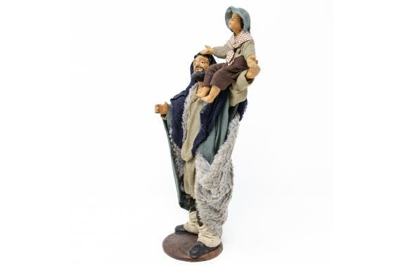 Uomo con Bimbo in Spalla - Fisse Vestite - 16 cm