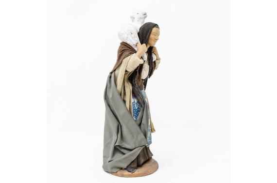Donna con Pecora in Spalla - Fisse Vestite - 16 cm