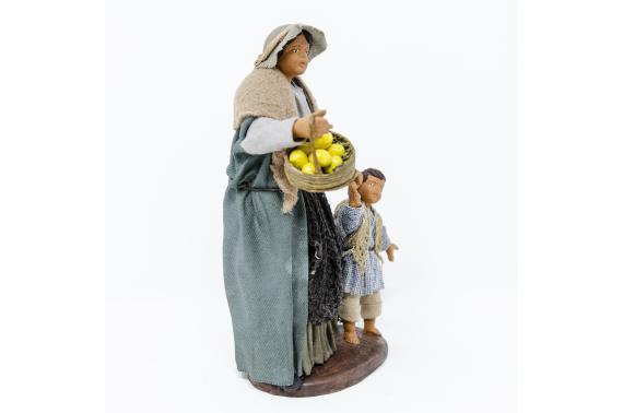 Donna con Bimbo per Mano - Fisse Vestite - 16 cm