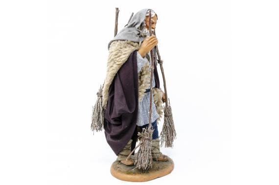 Uomo con Scope - Fisse Vestite - 20 cm