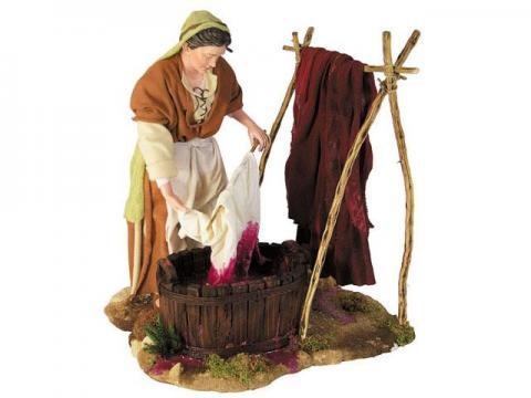 Donna che colora i tessuti - Artistici Vestiti Fissi - 30 cm