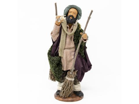 Uomo con Scope - Fisse Vestite - 16 cm
